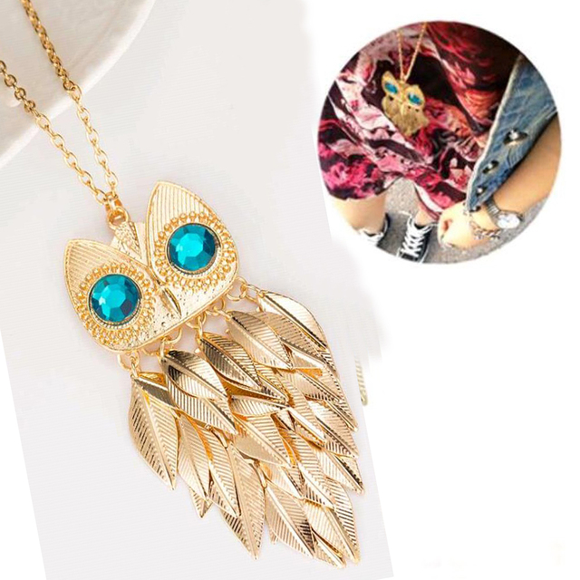 Gold Wise Owl Style Pendant