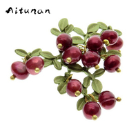 Aitunan Natural Pearls Brooches Cape Clasp Pin Ladies Silk Scarf Clasp Brooch Vintage Cranberry Red Brooches