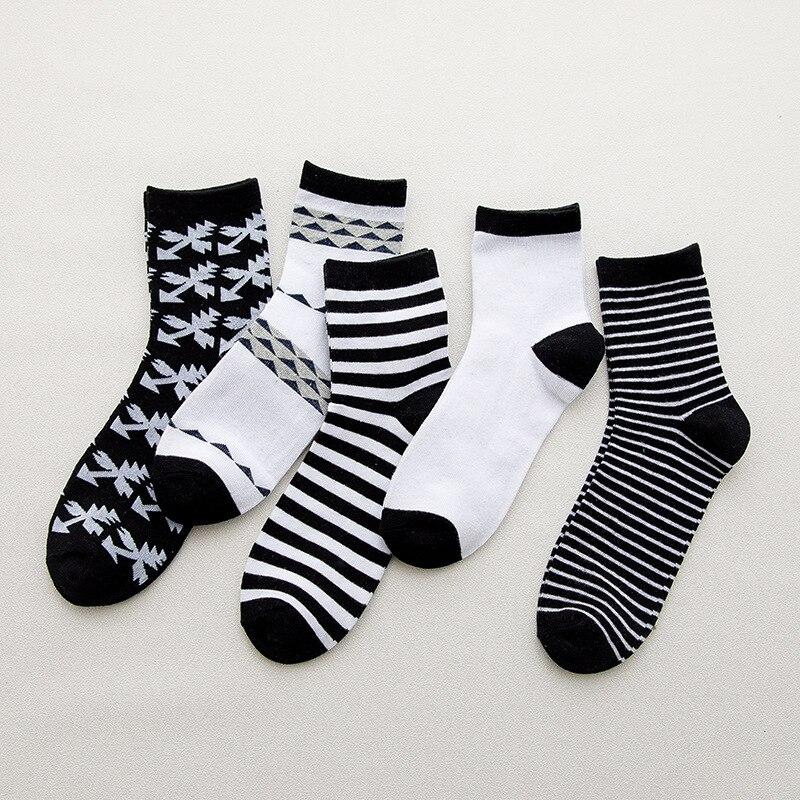 IOLPR Harajuku Men Happy Socks Hip Hop Socks Comfortable Breathable Print Color Stripes Warm Socks Men Long Short Sox in Men 39 s Socks from Underwear amp Sleepwears