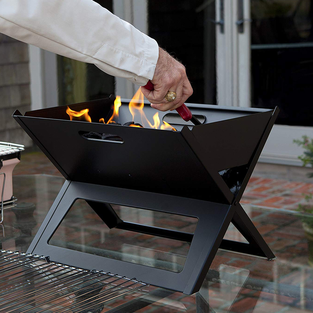 Hot Sale 2019 New Model Innovative Folding Outdoor BBQ Grill for Family Picnic Charcoal Grills Barbecue Essential Port Black