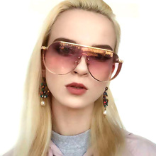 Fashion 2019 Women Oversized Sunglasses Luxury Brand Designer Vintage Glasses Metal Shield Sunglass Men Shades Visor Oculos Top