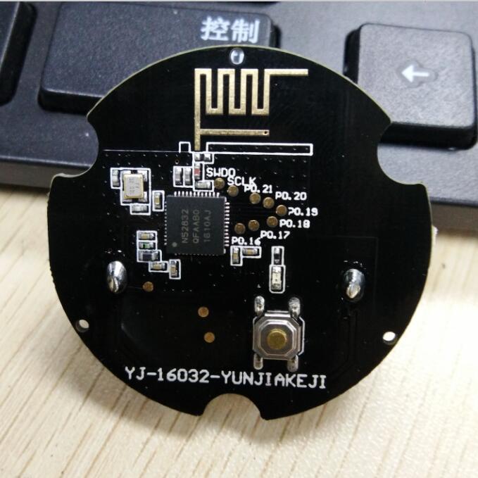 imágenes para 2017 al por mayor tamaño pequeño módulo nrf52832 beacon ble ibeacon bluetooth 4.0 Botón Gpio LED tag prototipo