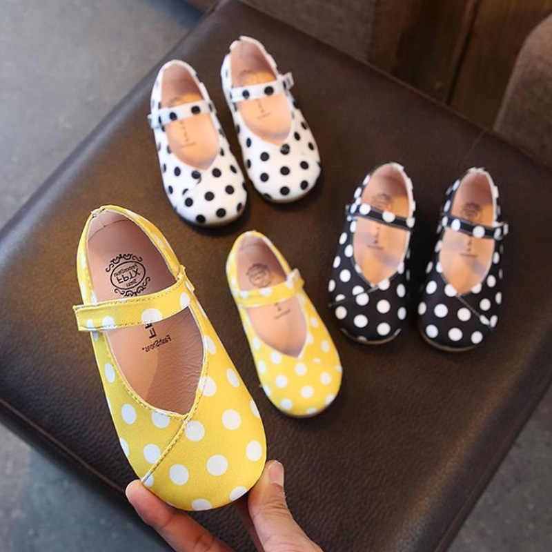 2018 New Style Dot Girls Shoes Baby Toddlers Shoes For Kids Princess Shoes  Cotton Single Shoe 0e682b406851