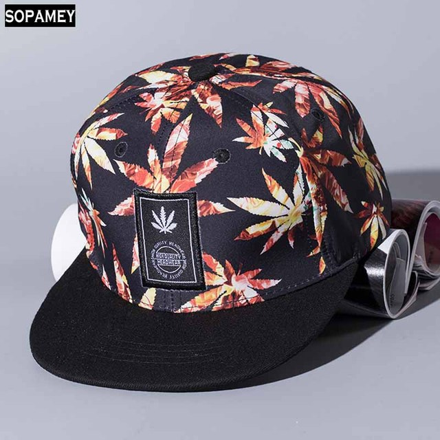 76a885f1fab 2017 New Women Personality Labeling Maple Leaf baseball cap Cotton Fashion hats  Snapback Boy Hiphop Hat