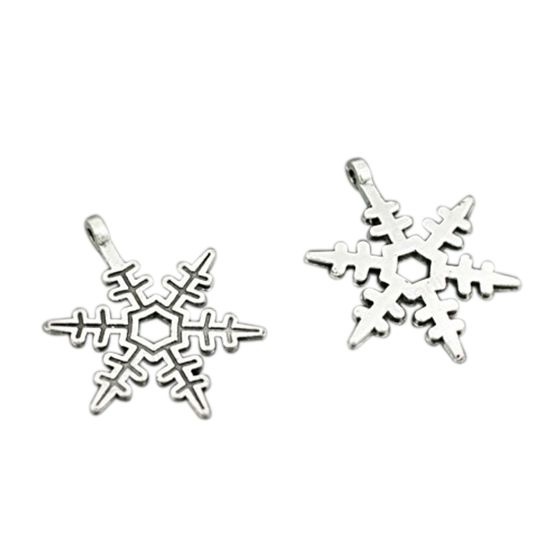 Vintage Pattern Snowflake Charms Jewellery Making Pack of Approx.50pcs Silver