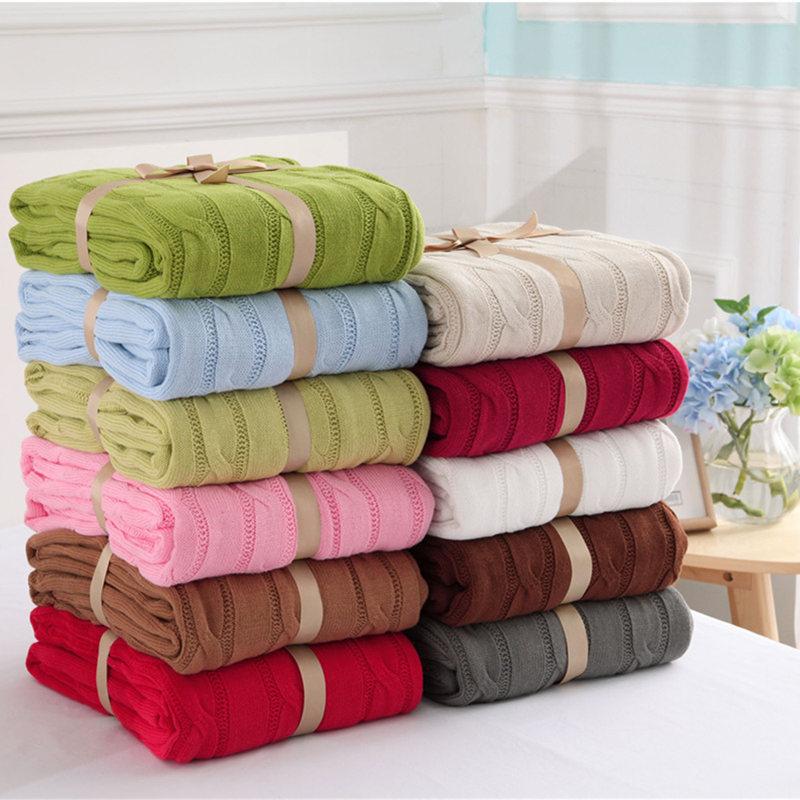 Prix pour Vente chaude de haute qualité 100% coton blanc, beige, brun, gris, rouge, vert tricot couverture pour canapé/lit/maison couverture pour le printemps