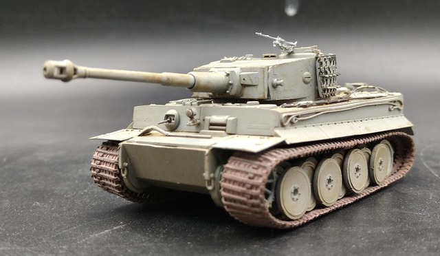 Do Older 1:72 World War II Germany Tiger tank model world Trumpeter finished 36604 Favorites Model