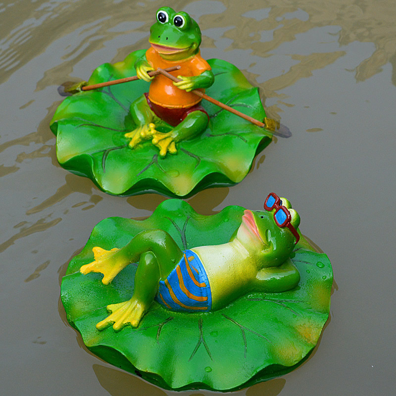 Stsatuette For Outdoor Ponds: Creative Resin Floating Frogs Statue Outdoor Garden Pond