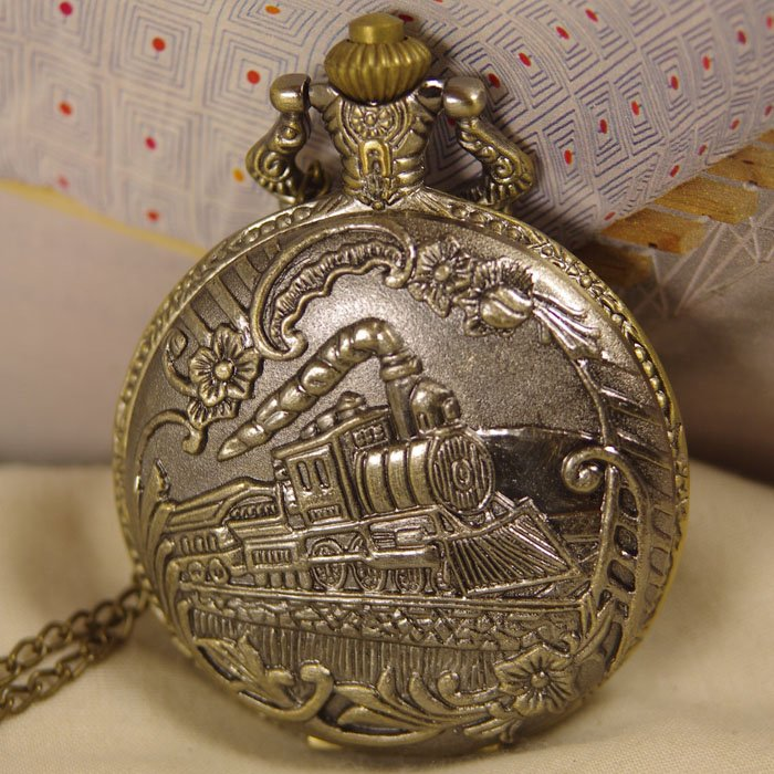 drop shipping hot 1pcs/lot for mens womens Antique quartz Pocket Watch Necklace bronze train pendant vintage clock usa railway
