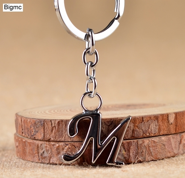 Hot DIY Letters A - Z Metal key chain Rhodium Plated KeyChain Simple Letter Name Car Key Ring for Best Party Gift 17392