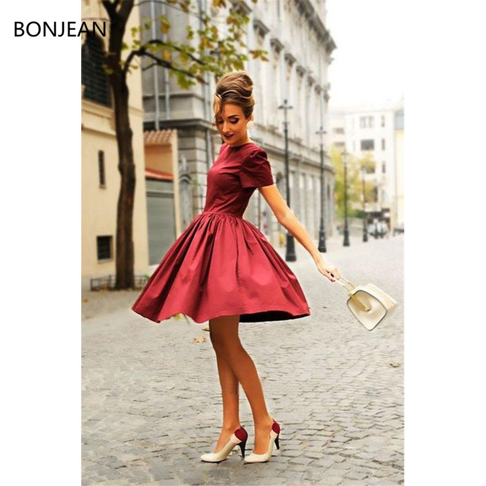 Cheap 2019   Prom     Dresses   Cute A Line Short Sleeves Elegant Burgudny Stunning Satin Long O Neck Evening Gown
