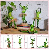 Free Shipping Funny Frog Family Figures Resin Toy Ballet Dancers Cake Home Office Desk Car Decoration