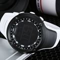 Nuevo en 2016 de la manera ohsen lcd digital mens relojes banda de goma blanca deportes al aire libre impermeable militar relojes de pulsera