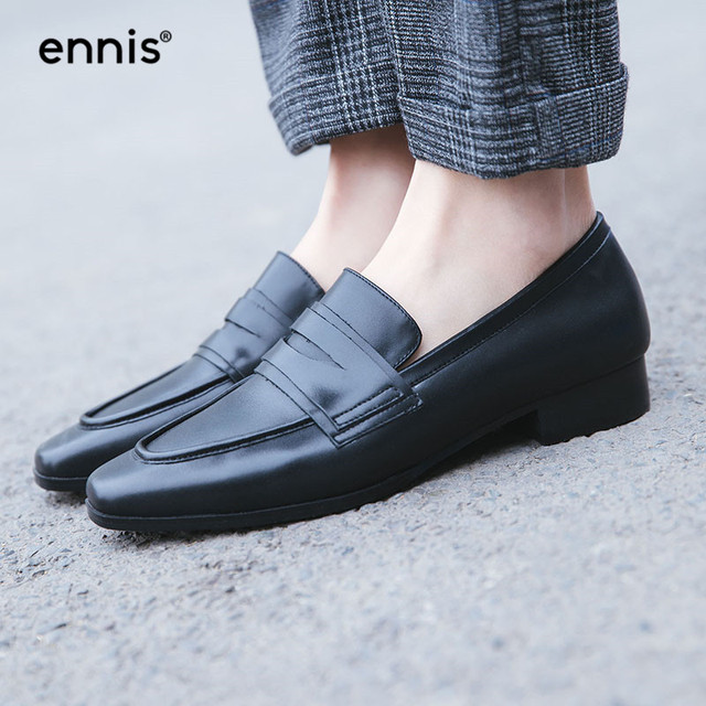 0ac3770475e ENNIS 2019 Fashion Genuine Leather Black Flats Women Leather Loafer Shoe  Low Heel Round Spring Ladies Flats British Style C910
