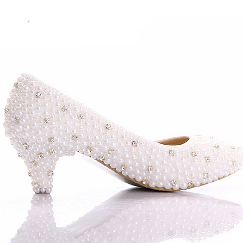 2018 Best white pearl Low heels shoes Custom make small heel bridal wedding  shoes Celebrity Party Prom Dancing Shoes large size-in Women s Pumps from  Shoes ... 5d1668ddd52c
