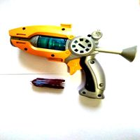New Cartoon Anime Slugterra Play Shot Gun Toy Give 2 Bullets 1 Slugterra Action Figure As Presents, Boy Toy Pistol Gun Gift
