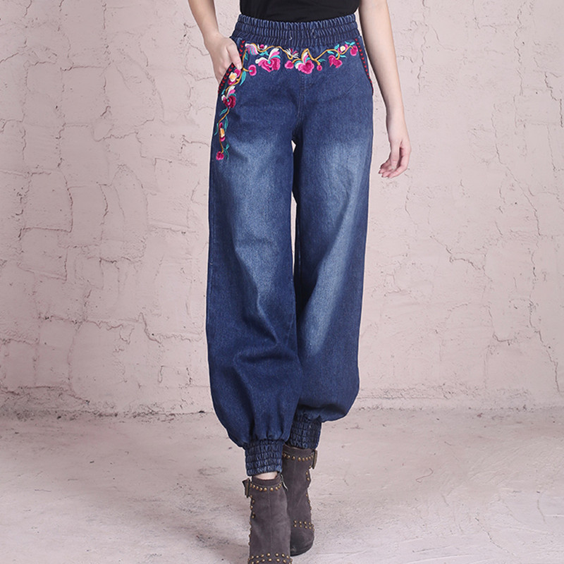 Free Shipping 2017 New Fashion Long Pants National Trend Women Plus Size Vintage Embroidery Jeans Female Loose Harem Pants M-XL new female casual sexy rose denim jeans with embroidery ripped vintage pencil jeans for women cuffs long pants plus size 2xl
