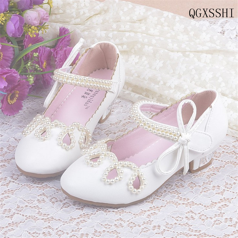 QGXSSHI Girls Leather Shoes Autumn Bowtie Sandals 2016 New Children Shoes High Heels Princess Sandals Beaded Shoes For Girls
