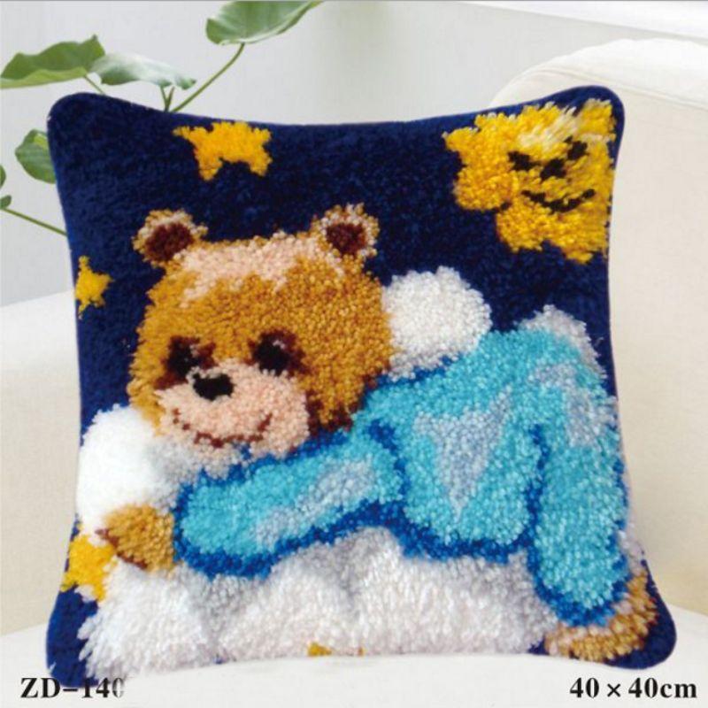 Us 14 88 46 Off Animal Latch Hook Rug Kits Pillowcase Knooppakket Pillows Tapestry Diy Kit Crochet Hooks Craft Knitting Needles Cushion In