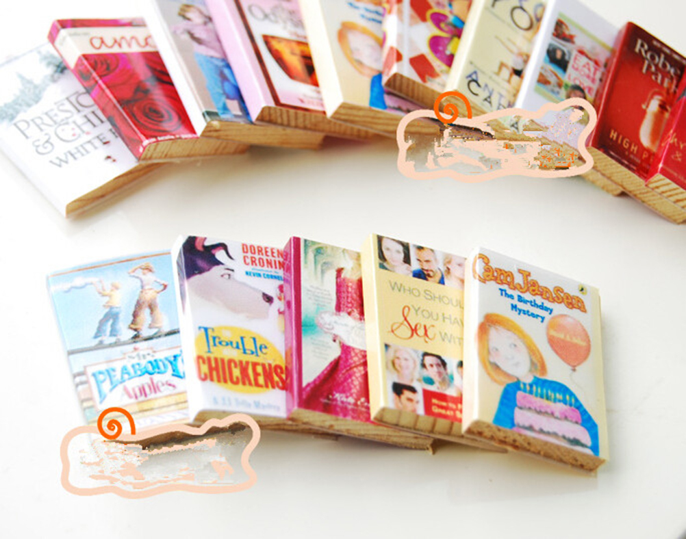 6pcs/lot 1/12 Colorful Wooden Miniature Dollhouse Books Classic Pretend Play Furniture Toys Creative Cute Gifts For Children