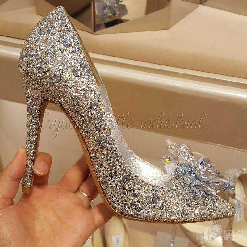 Crystal Castle Hotfix Berlian Imitasi untuk Pakaian 5A Terbaik Mengkilap Panas Memperbaiki Berlian Imitasi Hotfix Bening Putih Batu dan Kristal Rhinestone DIY