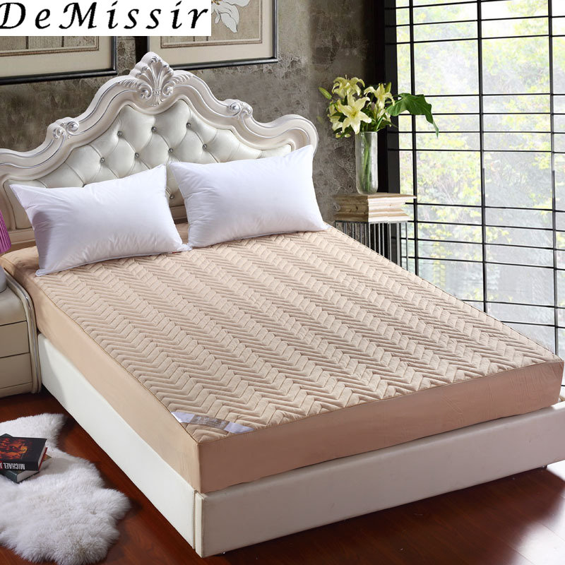 DeMissir Twin Full Khaki Thickening Waves Quilted Mattress Cover Fitted Bed Sheet Hypoallergenic Mattress Protector Home Use