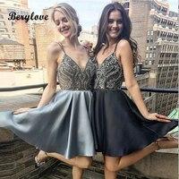 BeryLove из шикарного серебра до колена для Бала выпускников платья 2019 короткие со стразами для ежегодной встречи выпускников нарядные платья
