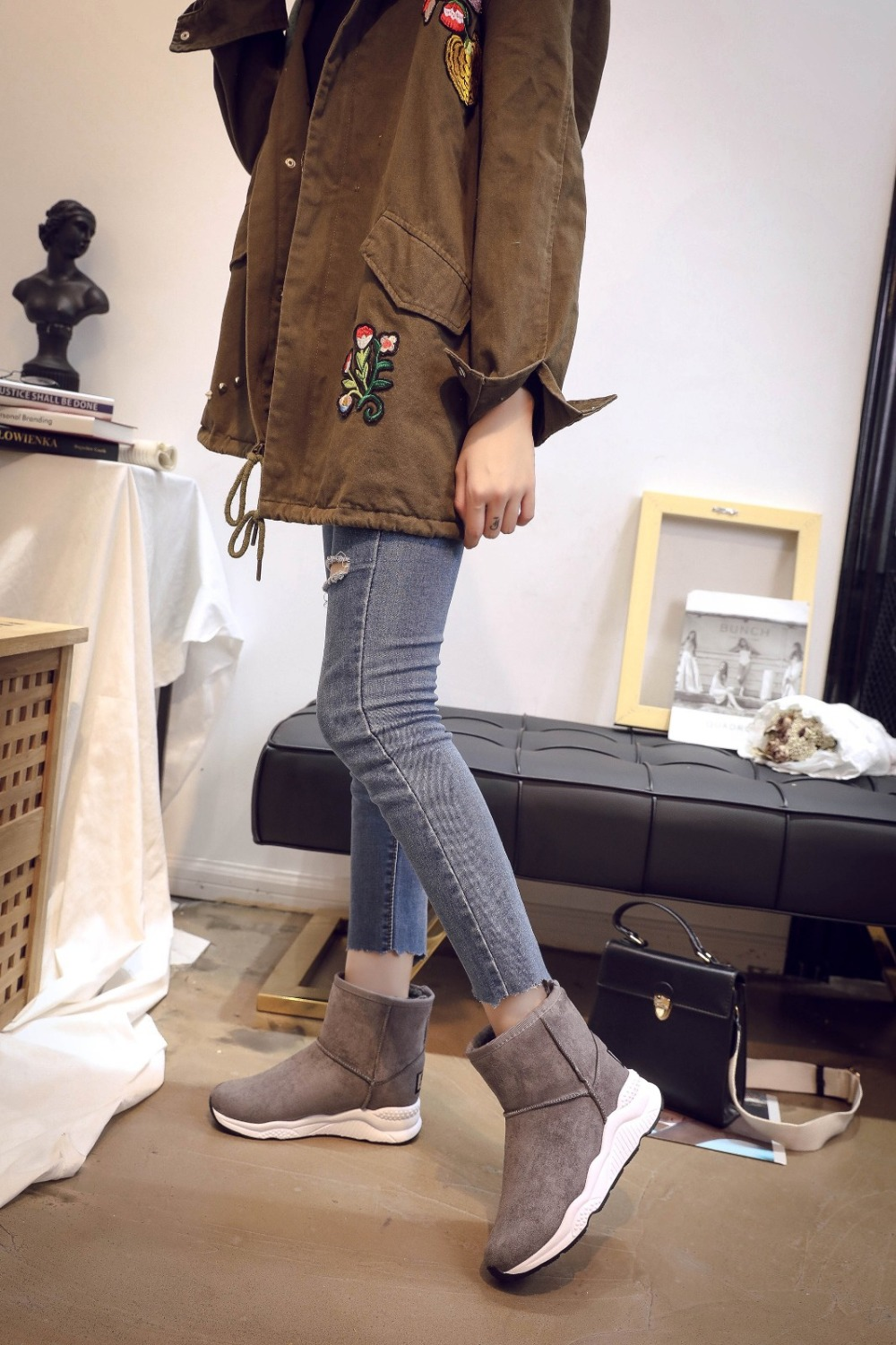 Winter Snow Boots Women Casual Shoes Slip On Warm Plush Women Ankle Boots Flat Heel Sport Ladies Shoes Booties Botas Mujer XZ82 (14)