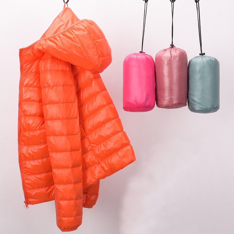 New Autumn Winter Fashion Slim Light Thin   Down     Coat   Women 90% White Duck   Down   Jacket Short Hoode Windproof Female Outwears Mw112