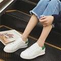 Любовь Lichao Белый Натуральная Кожа Повседневная Обувь 2017 Весна Женщины Моды Смешанные Цвета на шнуровке Мелкие Плоские Туфли Zapatos Mujer