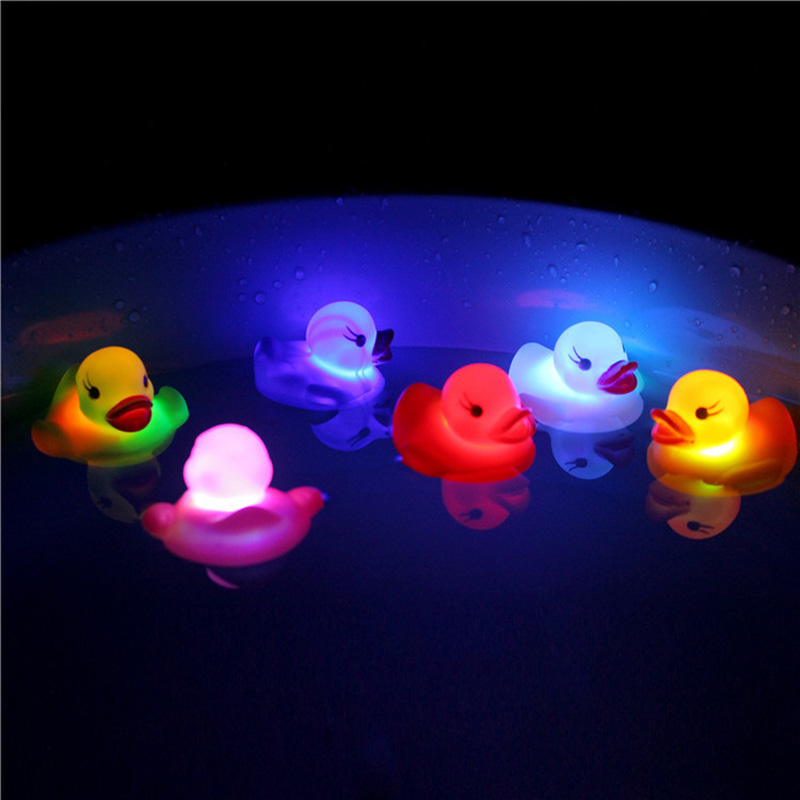 6Pcs/Set Cute LED Flashing Light Floating Duck Bath Tub Shower Rubber Toy For Kids YJS Dropship