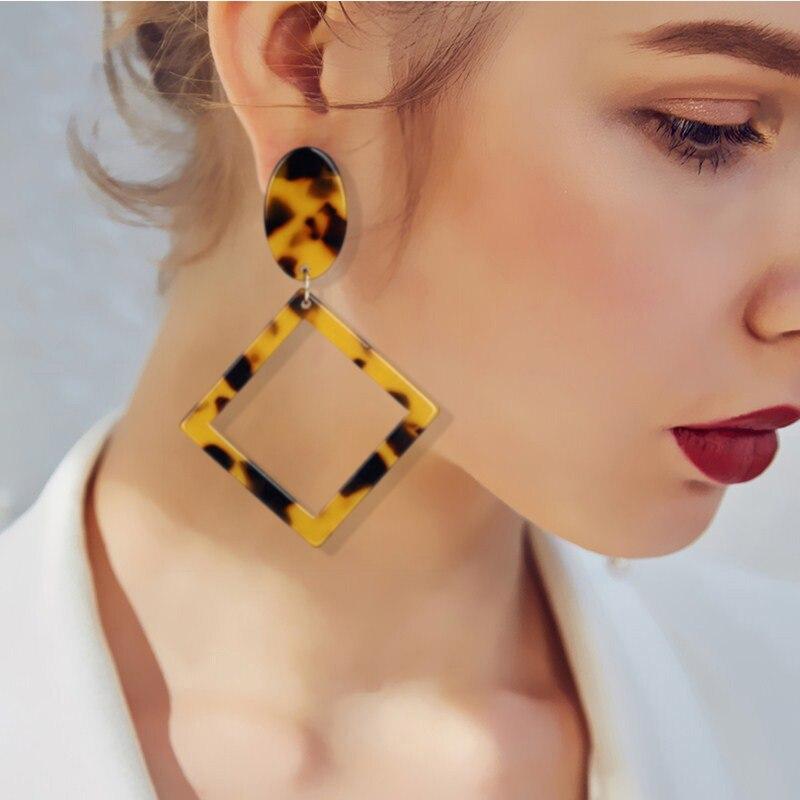 2018 Wholesale Resin Earrings Fashion Women s Leopard Earrings Acrylic  Tortoiseshell Earring Vintage Statement Jewelry Oorbellen-in Drop Earrings  from ... d2809c8d6bd3