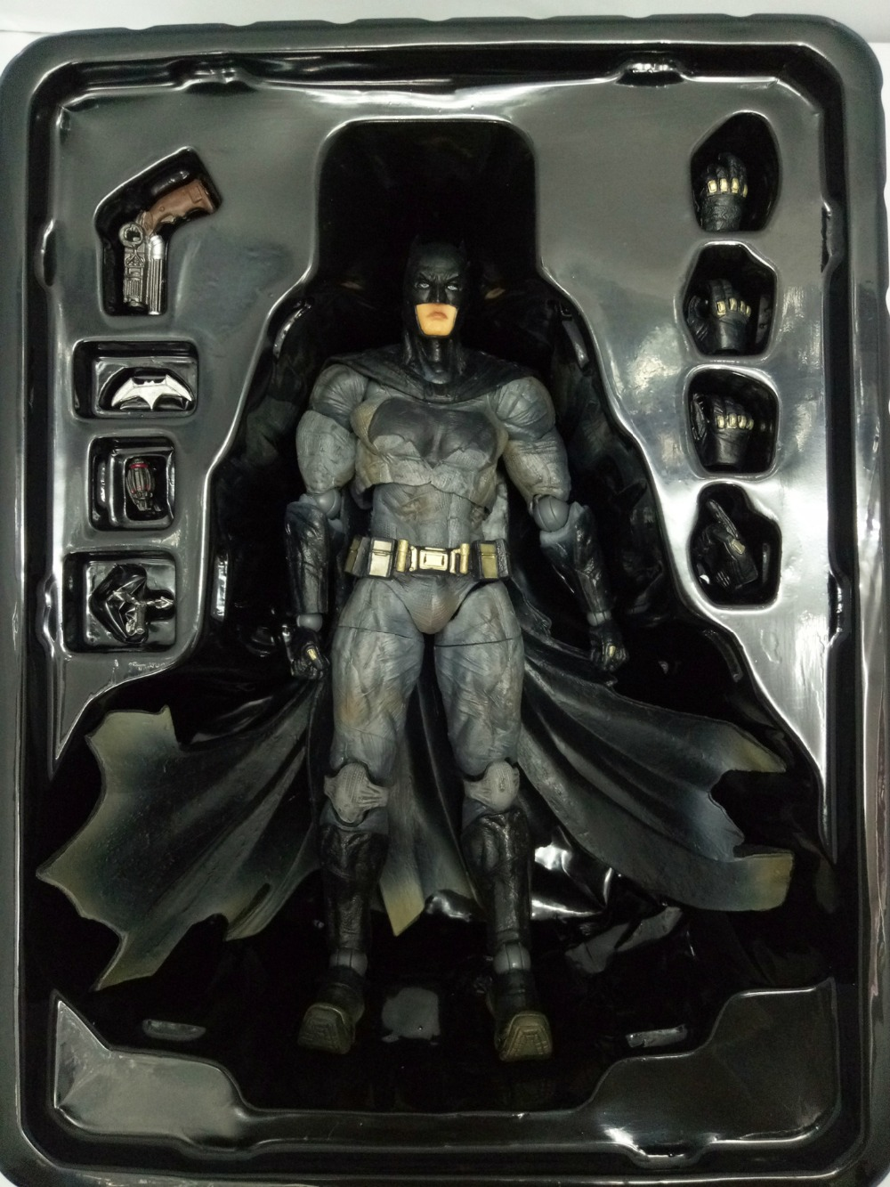 DC Comics Superhero Movie Batman Limited Ver Action Figure Playarts Kai figurine kids hot Toys 27cm Model Play arts juguetes xinduplan dc comics play arts justice league movie batman bruce wayne movable action figure toys 27cm kids collection model 0271