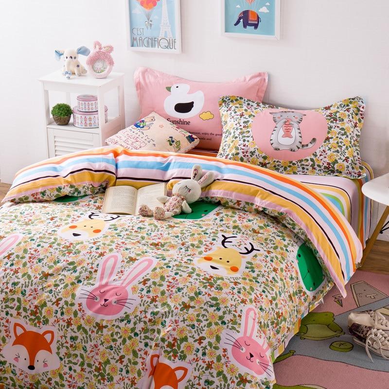 achetez en gros renard lit feuilles en ligne des grossistes renard lit feuilles chinois. Black Bedroom Furniture Sets. Home Design Ideas