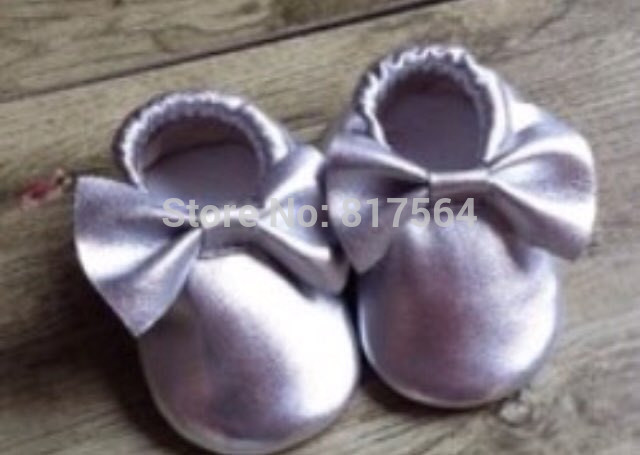30pairs New mettlic genuine leather baby bows moccs fringe shoes moccasin soft leather moccs baby booties toddler tassel shoes