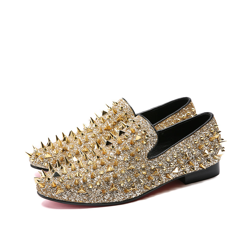 2018 Luxury Gold Spiked Rivets Loafers Casual Shoes Bling Sequins Wedding Dress Shoes Men Flats Slip On Shoes Moccasins
