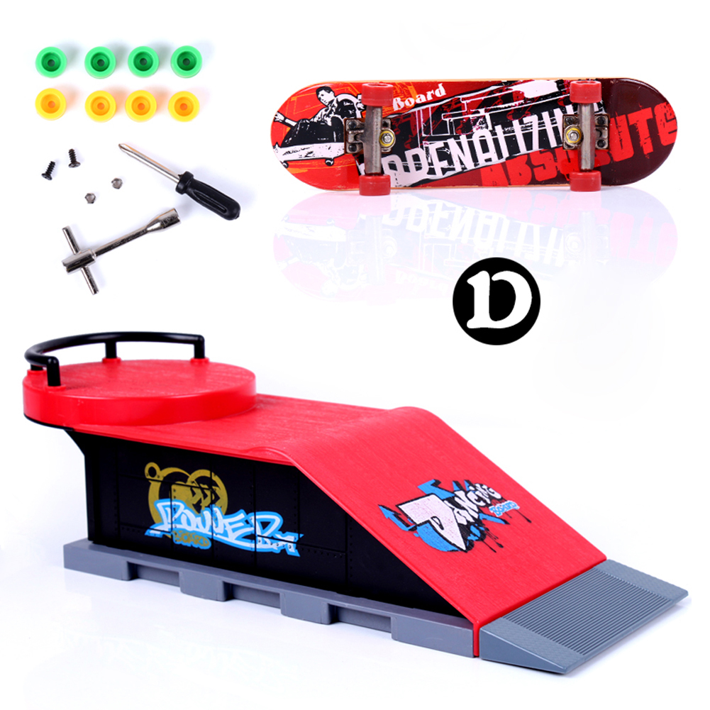 Red Fun Skate Park Ramp Track Parts for Desk Game Professional Fingerboard Build - D Type Finger Skateboard Ramp