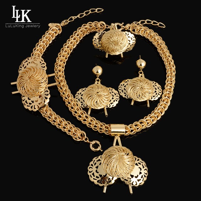 Charms Big Design Pendant Necklace Earring Bracelet Ring Fashion Dubai Gold Plated Nigerian African Beads Wedding Jewelry Set