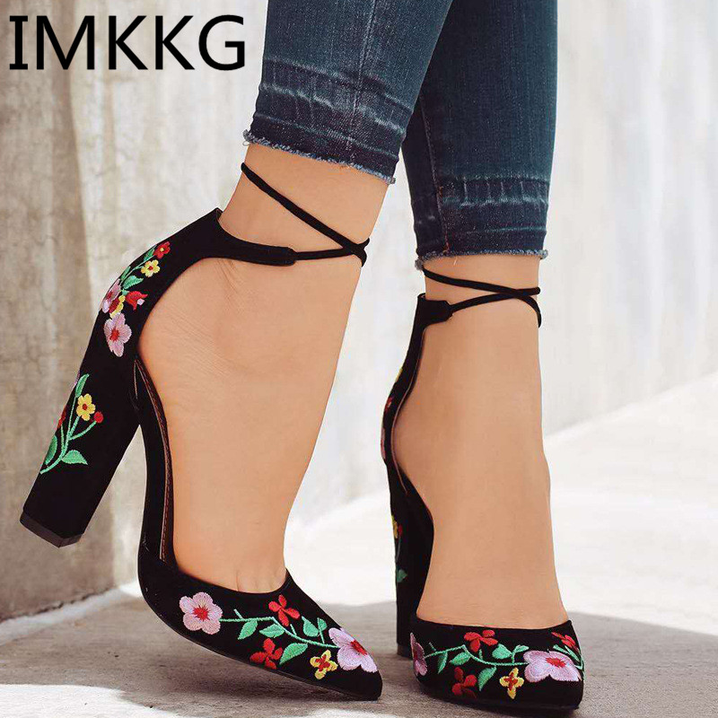 HTB1qZAXyZuYBuNkSmRyq6AA3pXau Summer Women Sandals platform heel Leather hook loop metal Soft comfortable Wedge shoes ladies casual sandals V284
