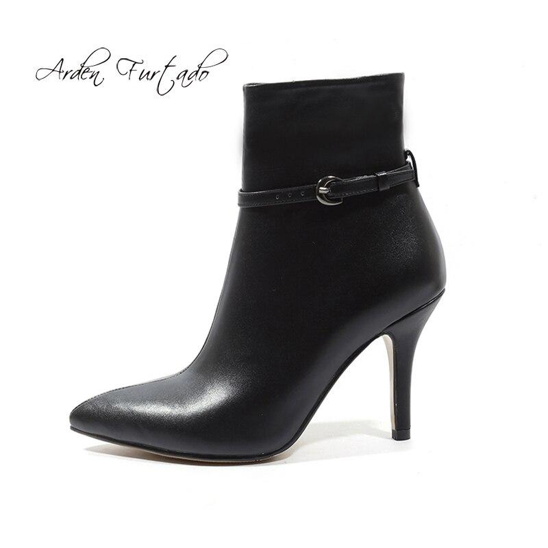 Arden Furtado 2018 ฤดูใบไม้ผลิฤดูใบไม้ร่วงรองเท้าส้นสูงรองเท้าส้นสูง pointed toe buckle หนังแท้สีเทา beige matin boots ขนาด 33 40-ใน รองเท้าบูทหุ้มข้อ จาก รองเท้า บน   1