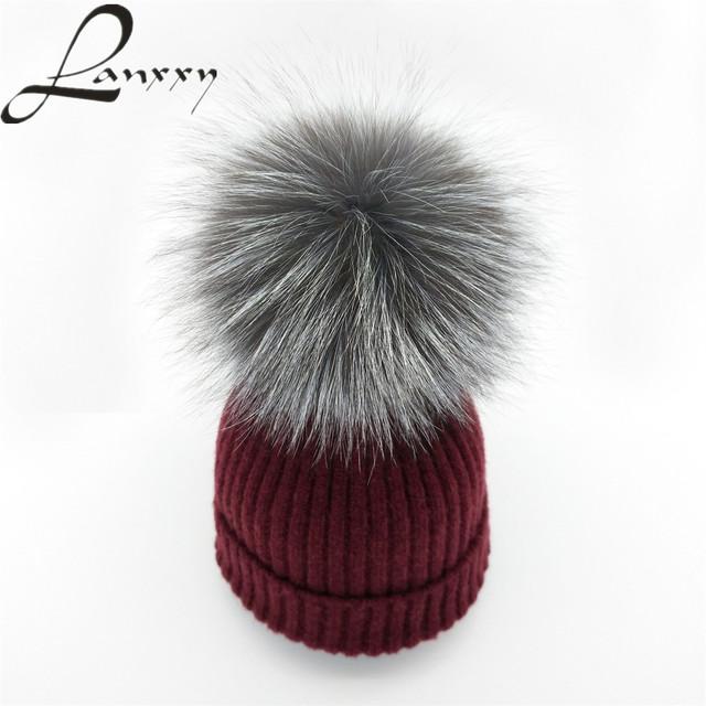 Bienes Silver Fox Fur Pompom Hat para la Mujer de Lana de Punto Caliente algodón Niñas Sombrero de Invierno Cap Skullies Gorros Pom Poms Sombreros Capó