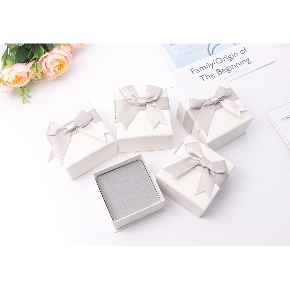 High Quality Jewelry Packaging Gift Box For Necklace Earrings Bracelet Ring High Grade Carton With Sponge Paper Box 133829 in Jewelry Packaging Display from Jewelry Accessories