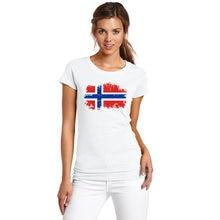 Bandeira Nacional Noruega BLWHSA Popular Europeu Projeto camisas de T para  Mulheres 100% Algodão de 8a11316a1f895