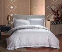 Yeni 4 ADET Avrupa Beş Yıldızlı Otel Yatak Takımları Lüks Beyaz Stripes Yorgan Set Kral Yatak Örtüsü Seti/yastık