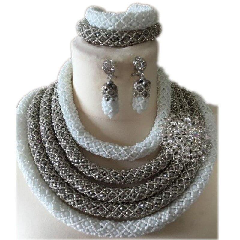 Ensemble de bijoux de luxe pour femmes perles africaines ensemble de collier de mariage nigérian 5 couches ensemble de bijoux blanc et argent pour dames de fête 2018