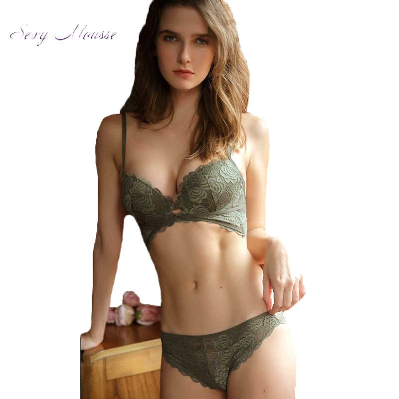 Pretty Seamless 3-Pack Butterfly Lace Back Womens