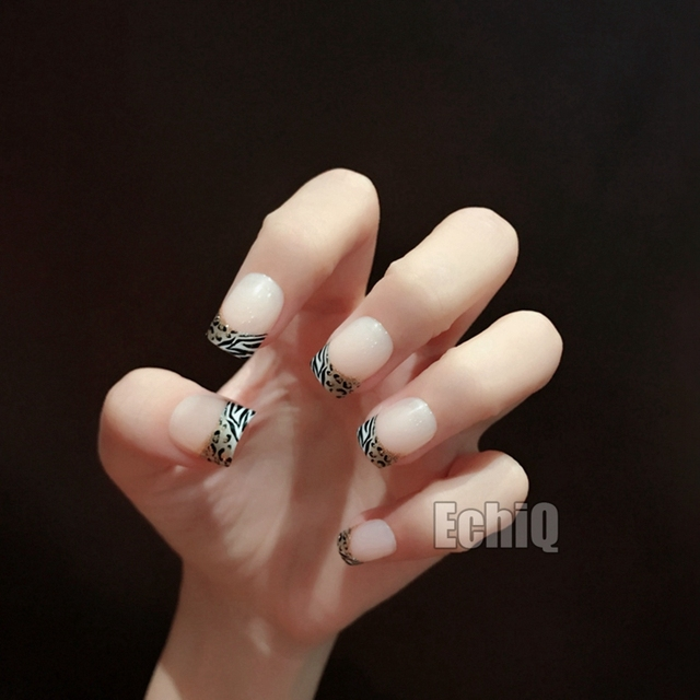 Leopard Style French Acrylic Nails Glitter Decorations Short Flat Full Wrap Fake Nail Tips Lady Makeup