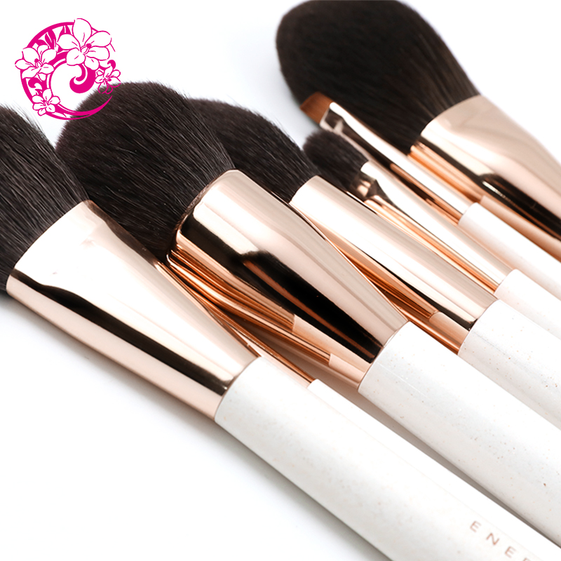 Image 2 - ENERGY Brand  High QualitiyHair   Brush Makeup Brushes Make Up Brush Brochas Maquillaje Pinceaux Maquillage Pincel bzy-in Eye Shadow Applicator from Beauty & Health