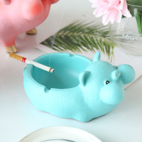 Fun chubby cartoon pig resin ashtray Creative joy pig home decor ashtray