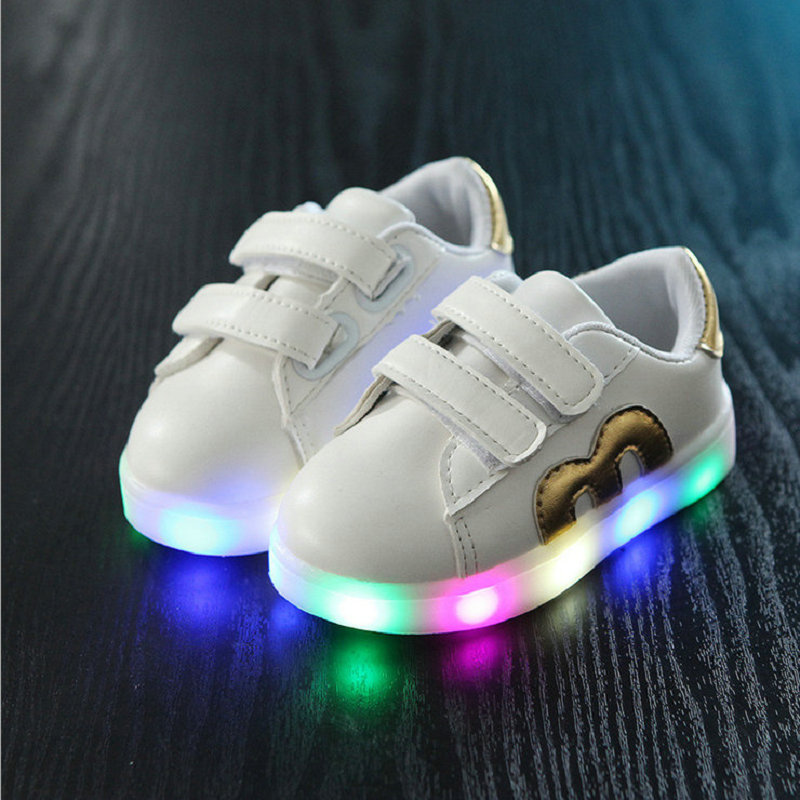2018 Spring Autumn Kids Girls Boy Children Shoes Luminous Children's Flats Sneakers Chaussure Enfant Baby Shoes With LED Light children luminous sneakers shoes with backlight pu leather led charging fashion sneakers children shoes chaussure led enfant